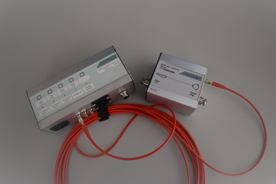 Lightning Down Conductor Sensor